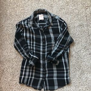 ON SALE 🔥 Black, gray and white flannel.